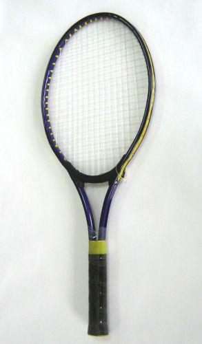 Детска ракета за тенис на корт